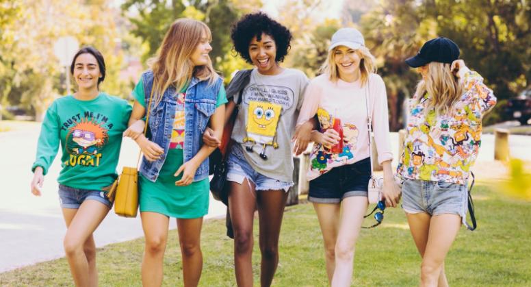 ¡La nueva línea de ropa basada en shows de los '90s en Nickelodeon! #Fotos