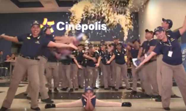 ¡Esta parodia de «Mujer Latina» con empleados de Cinépolis Plaza Crystal es lo mejor que verás hoy!