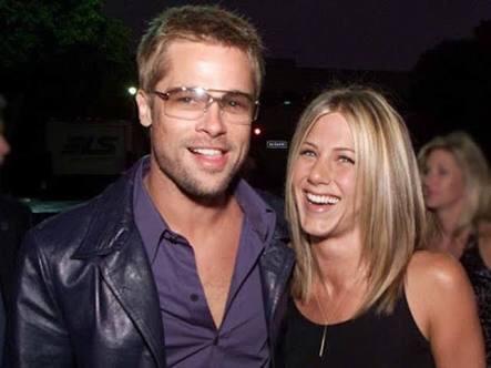 ¿Regresaron? Star publica reconciliación de Brad Pitt y Jennifer Aniston