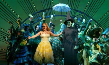 «Wicked» celebra en grande sus 15 años en escena (VIDEOS)